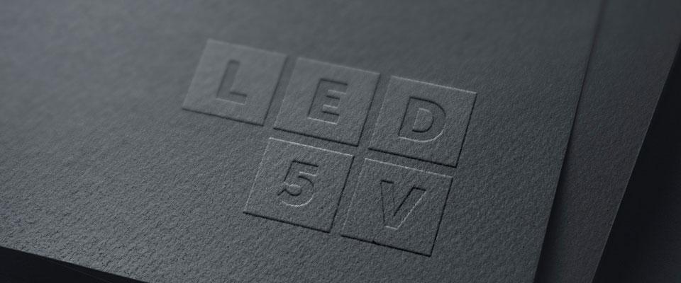 LED5V. Corporativo. Contenedor 2
