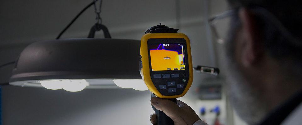 LED5V. Fabricación y ensamblajes