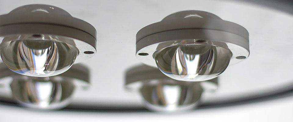 LED5V. Nuestras luminarias. Espacios Públicos. Farol Villa LED Jaca. Ópticas y Diodos