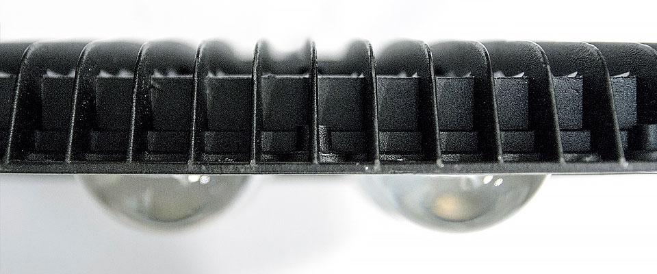 LED5V. Iluminación espacios singulares. Proyector LED Bolaso. Contenedor. Detalle Carcasa
