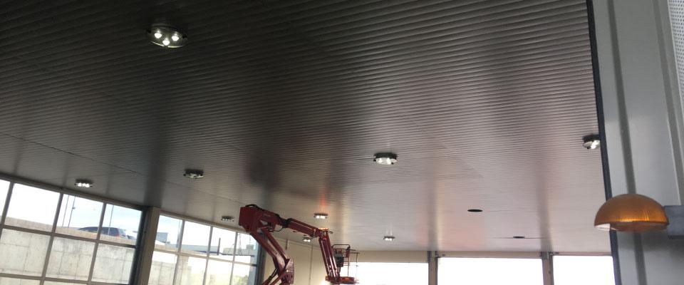 LED5V. Nuestros Proyectos. Iluminación Industrial. APPLUS Madrid
